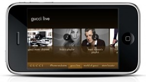 gucci app1 300x169 la moda lujo se asienta en el mvil